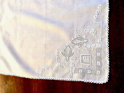 Vintage Hand Embroidered FLOWERS White Lawn Ladies Handkerchief 9x9 Inches
