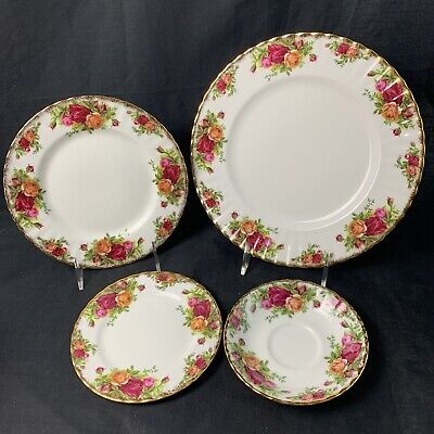 "Royal Albert Bone China England ""Old Country Roses"" 4 Piece Place setting"