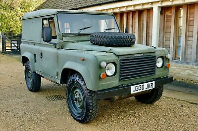 LAND ROVER DEFENDER 90 2.5 N/A Diesel MOD HARD TOP