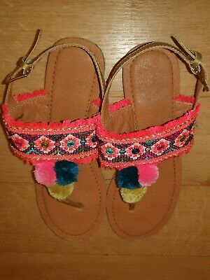 Bluezoo girls beautiful bright fringe pompom sandles junior size 2.