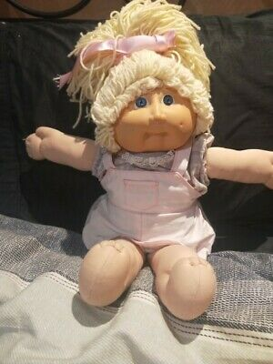 Coleco Vintage Cabbage Patch Kid Doll. Lemon Hair Blue eyes