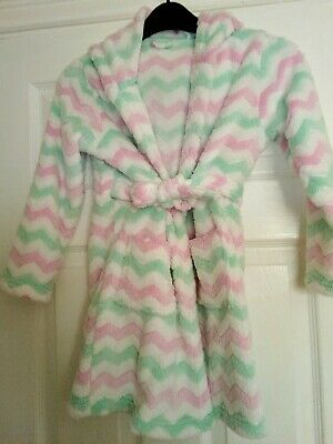 GIRLS SOFT FLEECY HOODED HOUSE COAT / DRESSING GOWN  size 7yrs