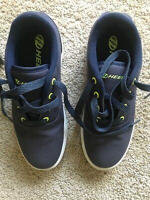 Heelys The Authentic Wheeled Shoe Navy / Yellow Youth Size 5 USA 36.5EUR 23cm