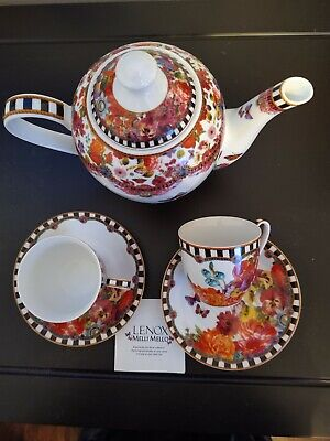Melli Mello Eliza Stripe Tea set. Pot with lid and 2 cups with saucers. by Lenox