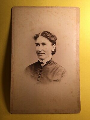 WILMINGTON DEL Cabinet Card Woman Parted Hair BACKSTAMP BEECHER Antique Photo