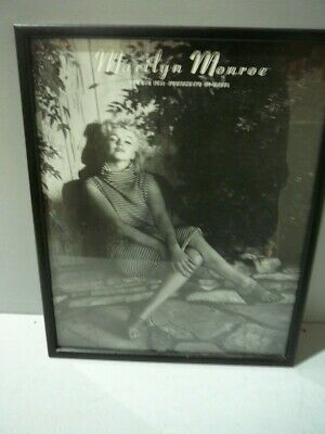 Picture Poster Art Film Framed Print Marilyn Monroe Sat Naked on a Chair