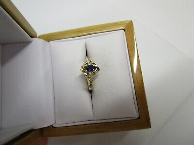 Beautiful Estate 14 Kt Gold Blue Sapphire And Diamond Ring !!!!!!!!!!!