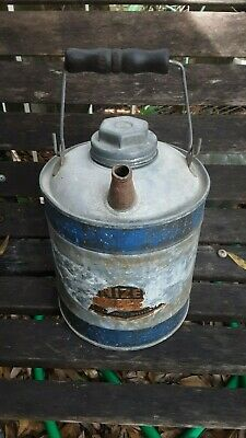 Vtg Galvanized Metal Kerosene Or Gas Can With Wood Handle 1 Gallon
