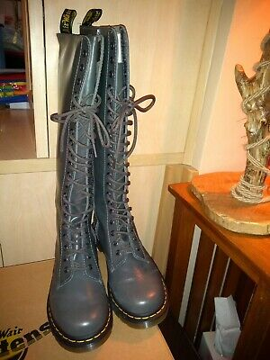 Ladies Long Grey Size Zip Lace Up Front New Size 6 Dr.Marten Airwair Boots