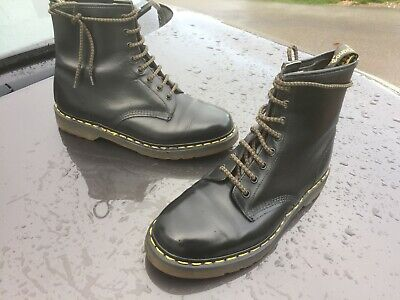 Dr Martens 1460 black quilon leather boots UK 9 EU 43 Made in England