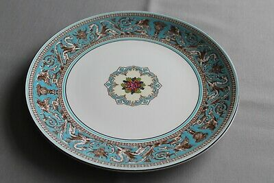 """9.5"""" Wedgwood Turquoise Florentine Round Serving/Cake Plate - Superb Condition"""