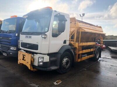 2010 Volvo FL240 Econ Gritter Truck - only 44000KMS