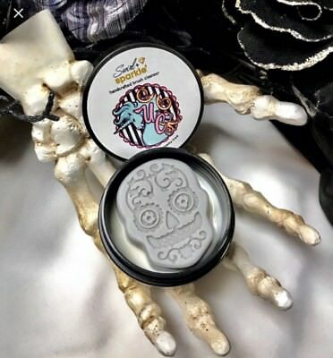 Unicorn Cosmetics Swirl And Sparkle Skull-tacular Halloween Brush Cleaner