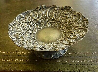 Antique Edwardian 'Welbeck Plate Art Nouveau Silverplated Footed Bon Bon Dish