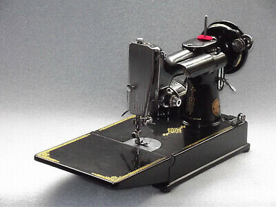 Singer 221k featherweight, electric sewing machine, serial EH374514, date 1952