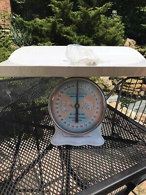 VINTAGE 1960's AMERICAN FAMILY NURSERY SCALE BABY SCALE 30 LBS GREAT CONDITION