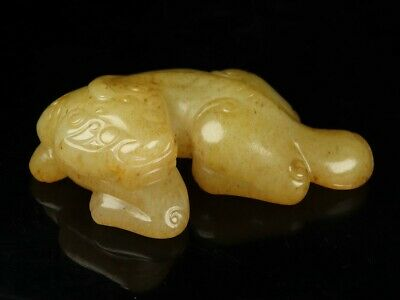 Chinese Exquisite Hand carved beast Carving Hetian jade statue