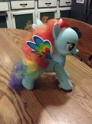 "My Little Pony Talking 10"" Rainbow Dash Pegasus Blue Flip & Whirl  Hasbro 2010"