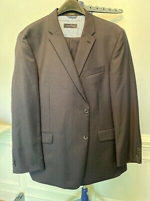 EUC Tommy Hilfiger Mens 3 Piece Striped Suit Navy With Blue And Gold Stripes 48R