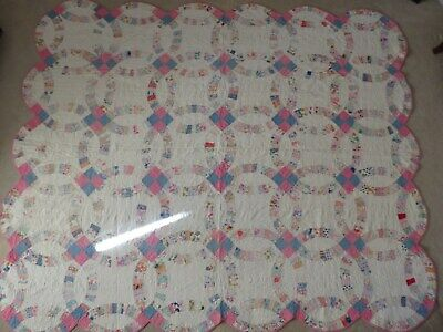 1930's VINTAGE ANTIQUE DOUBLE WEDDING RING HANDSEWN QUILT 91'' x 77''