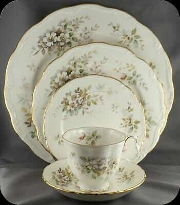 Royal Albert Haworth 5 pc Place Setting (2available)