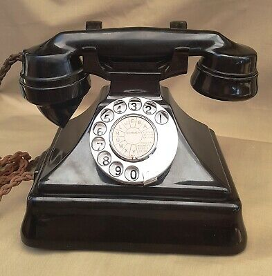 Exceptional condition PMG 1930s Bakelite pyramid phone fully working