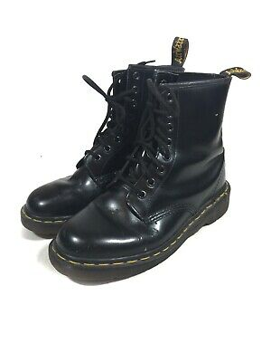 Dr. Martens Womens Made In England Size 6 M Black Leather Ankle Boots Lace Up