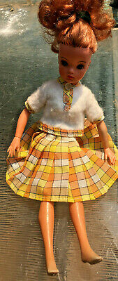 Vintage Pedigree SINDY 1975 LOVELY LIVELY Doll Complete all original clothes