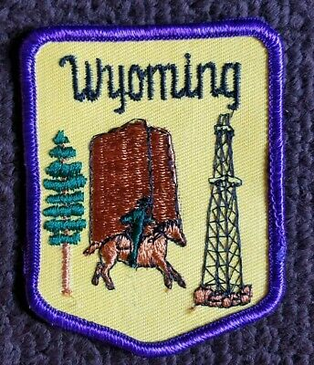 Vintage Wyoming State Travel Souvenir Embroidered Sew On Collectors Patch 1970s