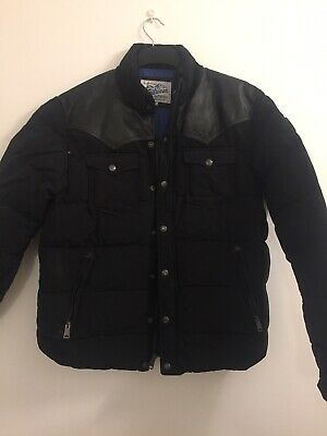 Penfield Trailwear Puffer jacket. Black, medium With Leather Shoulders. Used
