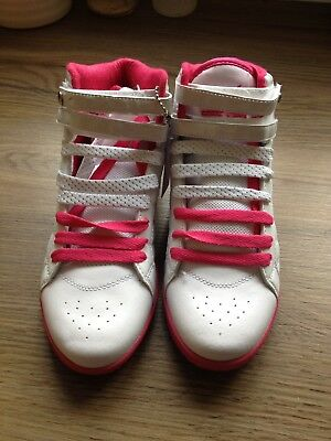 Girls Pineapple Dance Trainers Size 4 (EU 37) White And Pink Shoes