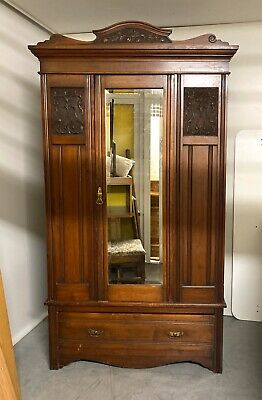 Antique Edwardian Mahogany Carved Mirror Door Wardrobe/Hall Cupboard *BEAUTIFUL*