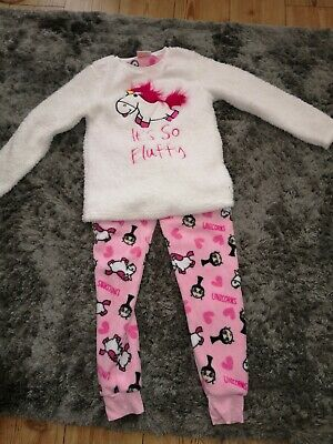 Girls dispicable me so fluffy pyjamas 10-11