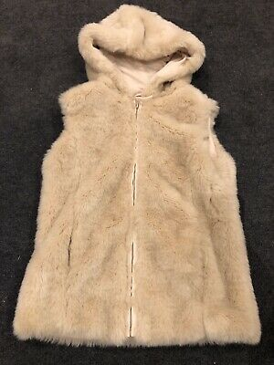 Girls Faux Fur Hooded Gillet. Age 8-9 Years.
