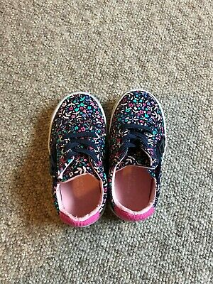George baby girl first walker shoes/trainers, flower design, size 5 with zipper