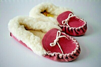 Vintage Retro 70s Pink Suede Fluffy Slippers Never been used