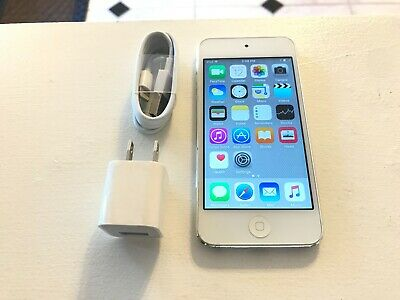 Apple iPod touch 32GB 5th Generation Silver 32 GB, GREAT CONDITION!