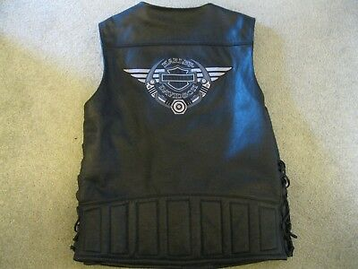 HARLEY DAVIDSON LEATHER VEST W/ STITCHED WINGED LOGO sz XL