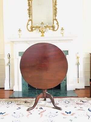 Beautiful Victorian Mahogany round tilt top table with Amazing Provenance