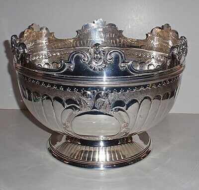 Queen Ann Style Monteith Bowl Hallmarked Silverplate with detachable rim.