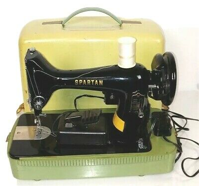 Vintage Compact 1960's Singer Spartan Sewing Machine RFJ9-8 Simanco with Case