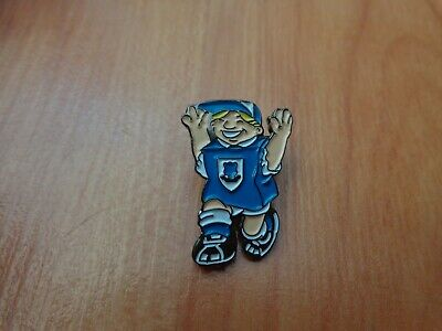 Classic Everton Fc Fan Supporter Enamel Football Pin Badge