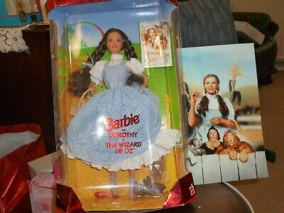 Mattell 1998 Hollywood Legends Collection Wizard of Oz Barbie Doll NIB Stunning