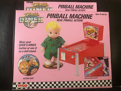 Vintage 1989 TYCO Dixie's Diner Doll & Accessory Eddie & Pinball Machine