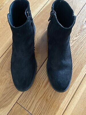 Girl boots from Papouelli  London Size 37