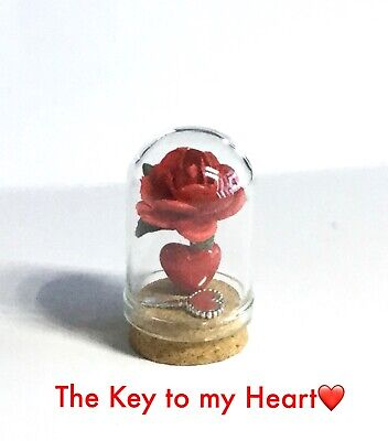 DOME  KEEPSAKE GIFT 3.5cm A MINIATURE VALENTINES DAY 'THE KEY TO MY HEART