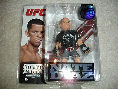 Rory MacDonald Round 5 UFC Ultimate Collector Series 13 Limited Edition #750