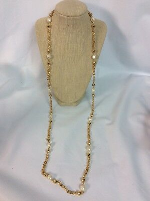 Stylish Vtg St.John Faux Pearl gold tone Beads Necklace