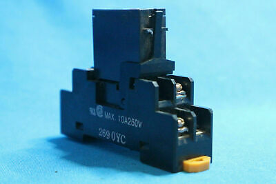 New Omron G3RZ-201SLN Solid State Relay 24VDC