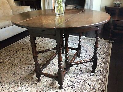 17th Century Oak Gate-Leg Table Small Folding Centre Occasional Dining Round